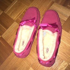 Pink Dakota Ugg Slippers NEVER BEEN WORN brand new